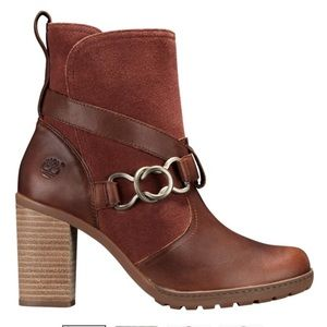 WOMEN'S DENNETT BUCKLE ANKLE BOOTS. Timberland new